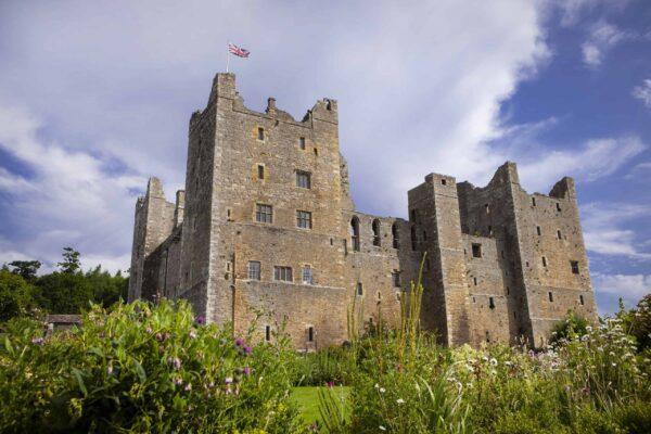 Bolton Castle 1 credit Gareth Buddo